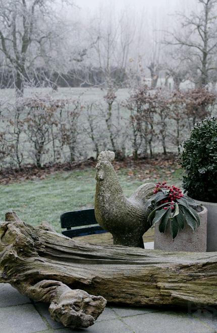 Winterse sfeer in en rond de oude stolpboerderij van J&A Interieurs 3 - Copyright © Brosisprod.nl