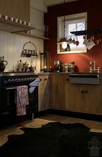 Winterse sfeer in en rond de oude stolpboerderij van J&A Interieurs 7 - Copyright © Brosisprod.nl