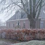 Winterse sfeer in en rond de oude stolpboerderij van J&A Interieurs - Copyright © Brosisprod.nl